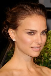 Natalie Portman-- Natural Look