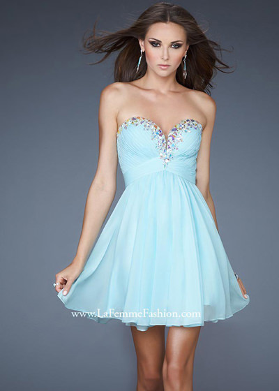 Prom Trend Of The Week Pretty In Pastel Rissy Roos Fashion News