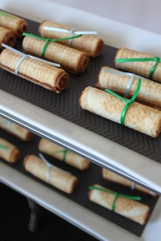 edible graduation diplomas