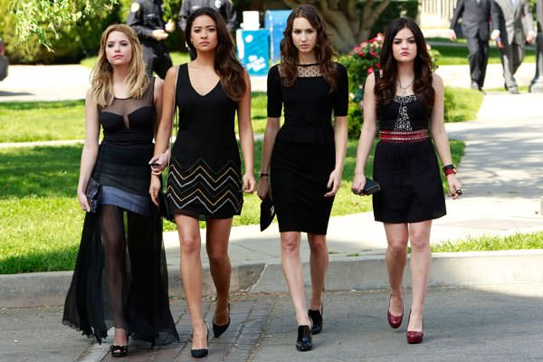 pretty-little-liars-season-4-episode-1