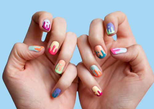 neon-nails-art