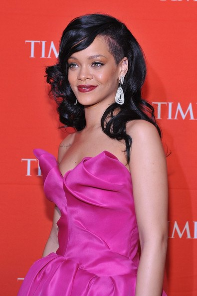 Rihanna's shaved side hairstyle
