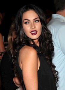 Date-Makeup-Idea-Dark-Plum-Lips-0-megan-fox