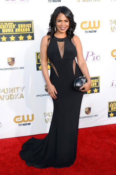 nia-long-at-the-critics-choice-awards-2014-jovani