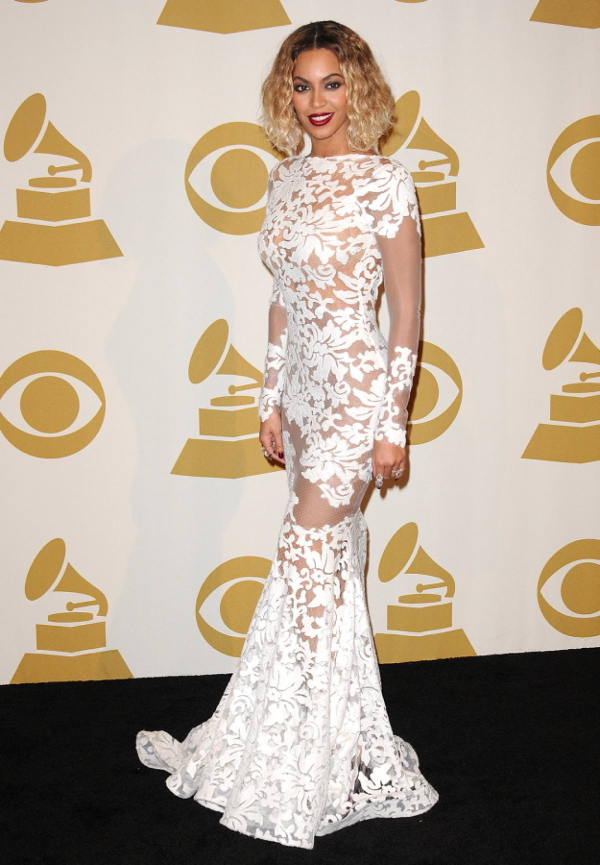 478a4883827 Best Dresses of the 2014 Grammys