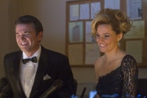 elizabeth banks john michael higgins pitch perfect