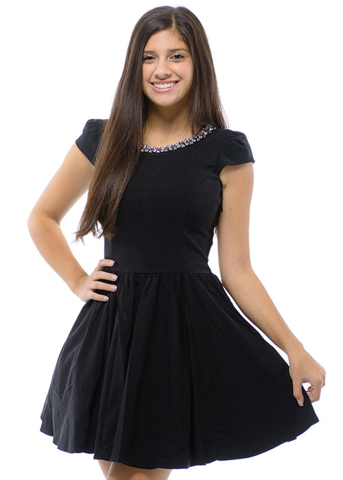 Gracia d15016 Little Black Dress