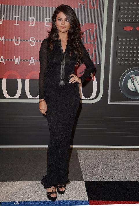 Selena Gomez 2015 VMAs