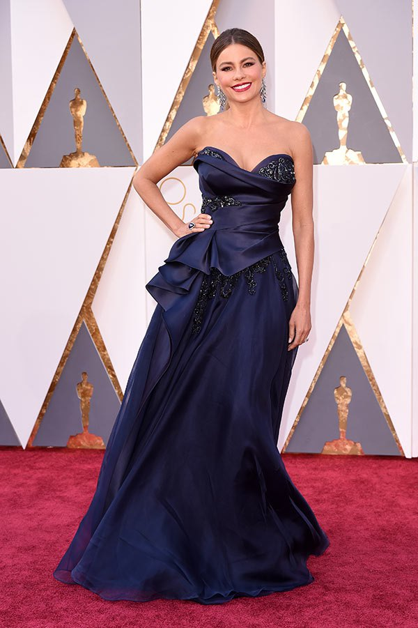 Sofia Vergara and Dorith Mous on the Oscars 2016 Red Carpet - Risssy ...