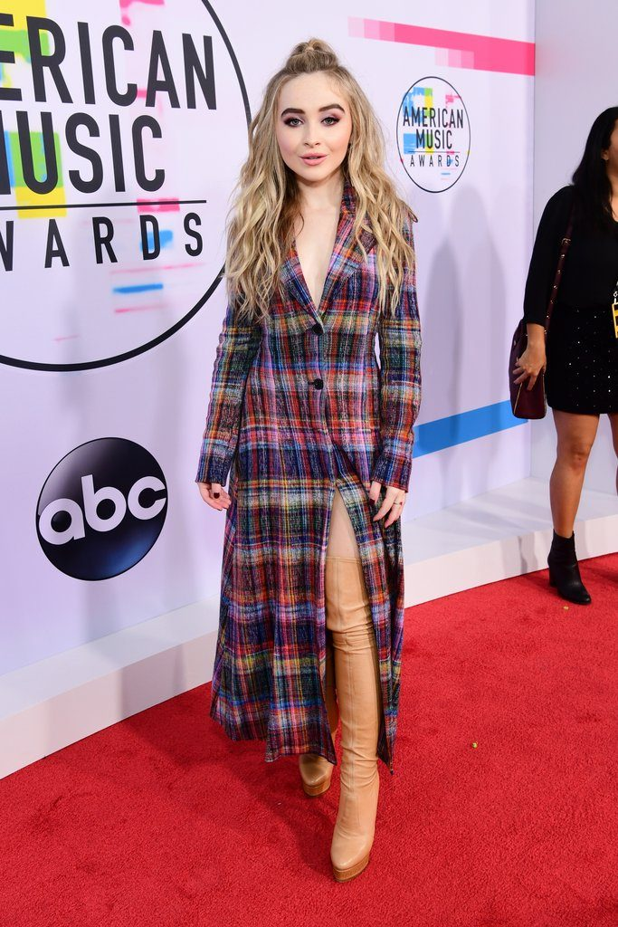 Sabrina Carpenter American Music Awards 2017